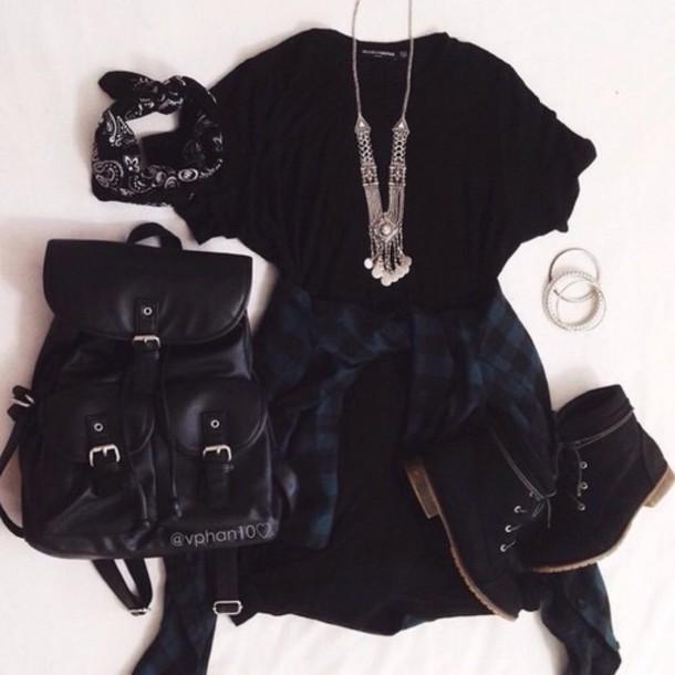 dress blouse bag hair accessory jewels shoes shirt belt