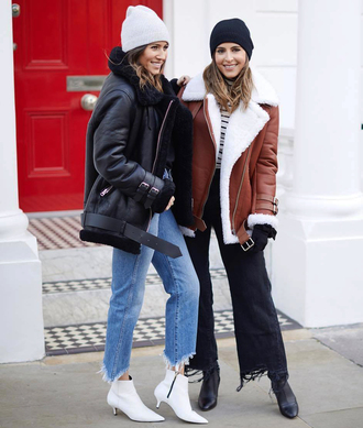jacket tumblr shearling jacket black shearling jacket brown shearling jacket shearling denim jeans blue jeans cropped jeans boots white boots ankle boots black jeans black boots beanie