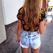 black yellow sunflowers crop top,sunflower,flowers,yellow,shirt,casual,bright,tank top,crop tops,sunflower shirt,sunflower crop top,shorts,cool shirts,high waisted,denim,fringes,ripped,pockets,acid wash,bleach,blouse,top,t-shirt,pretty,indie,tumblr,hipster,crop