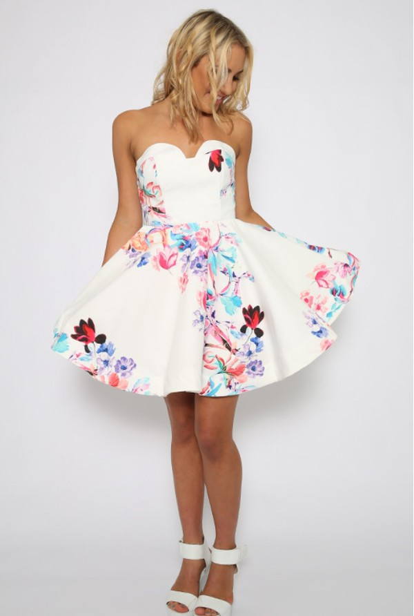 i love this dress but saw it somewhere re in black but now can't find it anywhere. does anyone know