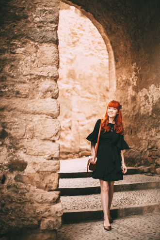 the clothes blogger coat dress bag black dress shoulder bag