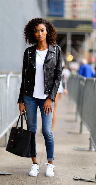 shoes black leather jacket white t-shirt jeans black bag white sneakers blogger