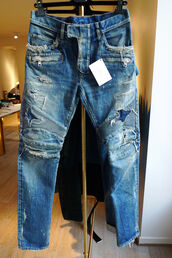 jeans,boyfriend jeans,blue,designer,brand,cool,pants,balmain,ripped jeans
