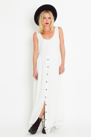 Trim & terrific maxi dress