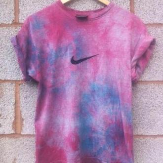 t-shirt dope tie dye pink nike high tops nike