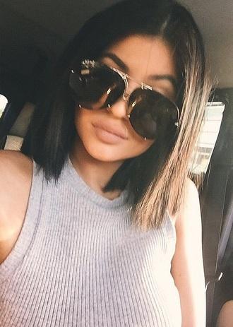 tank top kylie jenner grey sunglasses kylie jenne black kardashians shirt kylie jenner suglasses