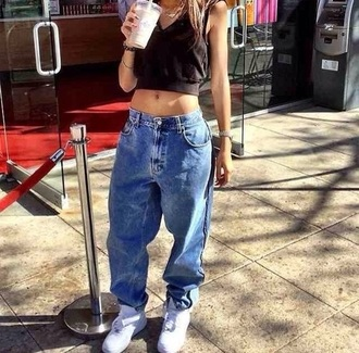 boyfriend jeans 90s style crop tops urban