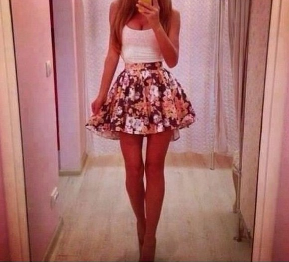 skirt black skirt white flowered skirt black flowered skirt white skirt flowered skirt