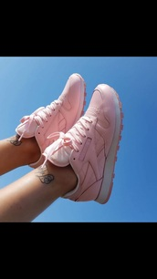 shoes,reebok classic,pink,pink sneakers