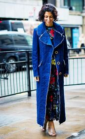 shoes,gucci mules,nude shoes,mules,gucci,gucci shoes,dress,maxi dress,floral dress,coat,blue coat,long coat,fall outfits,streetstyle