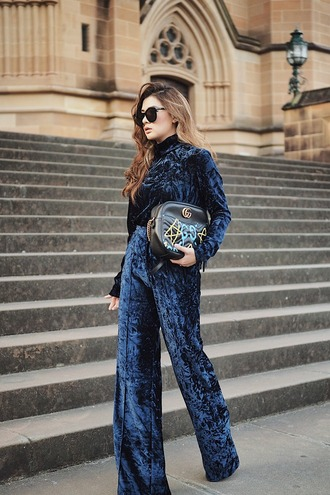 brown platform blogger pants sunglasses bag shoes tumblr top blue top velvet top velvet wide-leg velvet pants velvet pants wide-leg pants blue pants printed bag