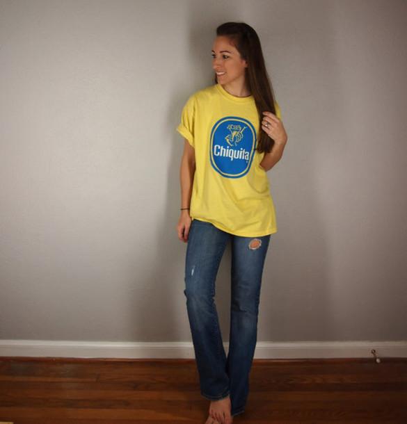t-shirt t-shirt graphic tee chiquita banana yellow yellow top 80s style tshirt. vintage tshirt banana print