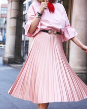 skirt,belt\,tumblr,pink skirt,pleated,pleated skirt,top,pink top,all pink everything,bell sleeves,three-quarter sleeves,pink ruffle top,red scarf,black and gold belt,pink pleated skirt,blogger