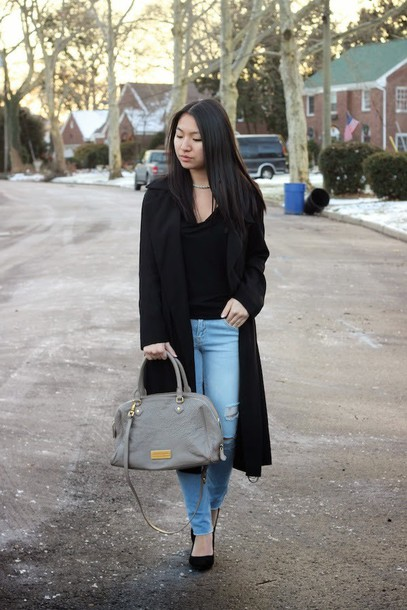 looks by lau blogger jeans purse black coat