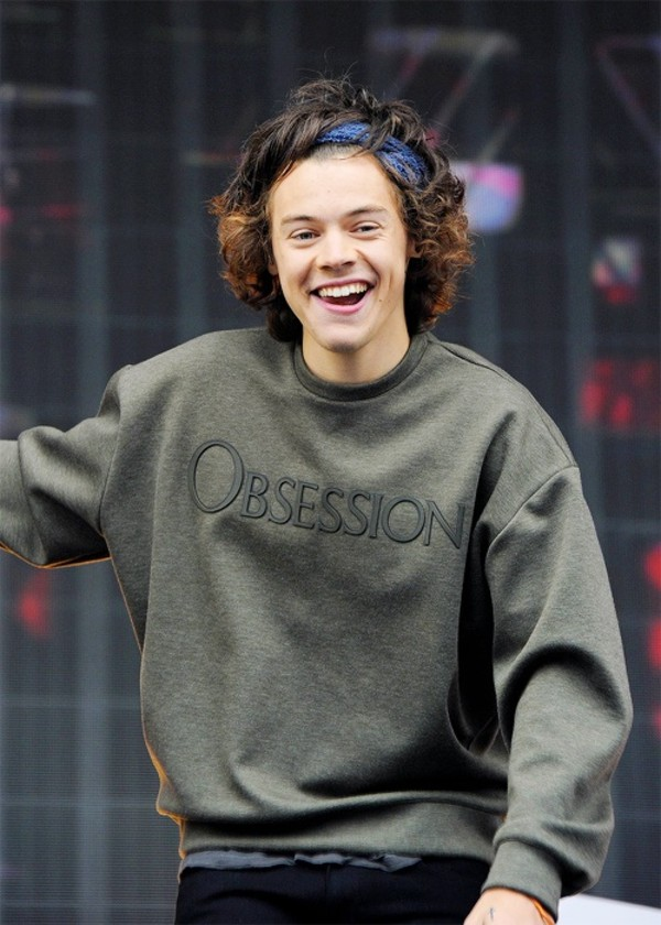 sweater, obsession, calvin klein, green, harry styles, hair accessory,  green sweater, harry styles sweater, harry styles, jumper , Wheretoget