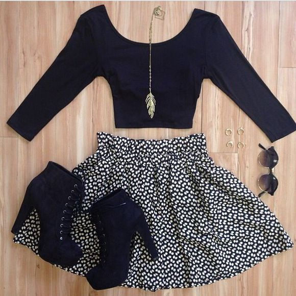skirt black and white skirt polka dot clothes crop tops shoes sunglasses shirt jewels i want the top shoes and skirt blouse shorts