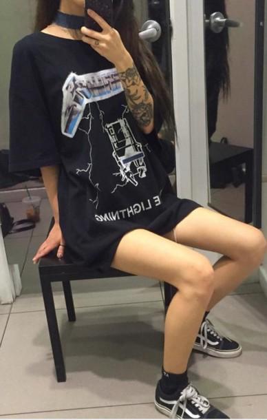 T-shirt: pinterest, black, graphic tee, shirt, oversized t ...