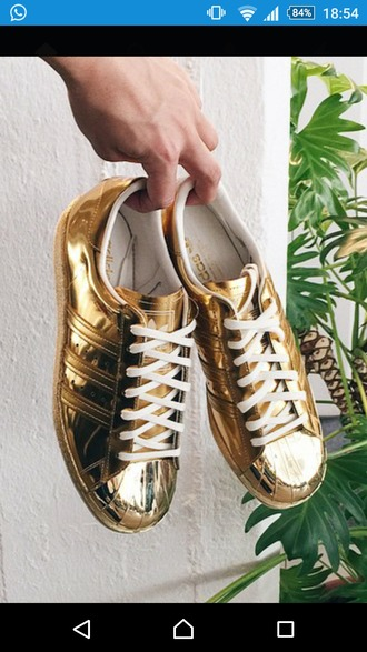 shoes gold shoes goldie adidas sneaker gold sneakers superstar adidas superstar white sneakers lovely golden girls sneakers tumblr shoes adidas original adidas originals rita ora adidas silver streetwear street style street fashion swag swag girl swag boys swag bro swag boy