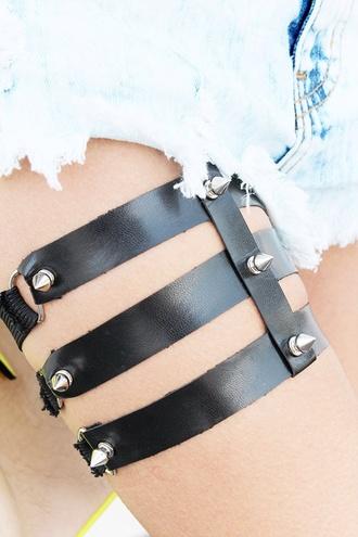 jewels garter