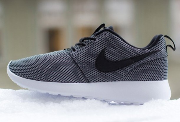 81a6e6b4254e shoes nike roshe run grey grey sportswear nike shoes
