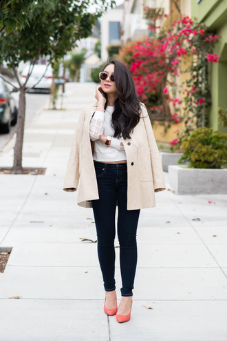 the fancy pants report blogger top jeans jacket sunglasses jewels office outfits