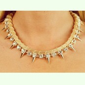 jewels,sparkle,spikes,chain,jewelry,gold,gold sequins,necklace,diamonds,diamond supply co.,lovely pepa