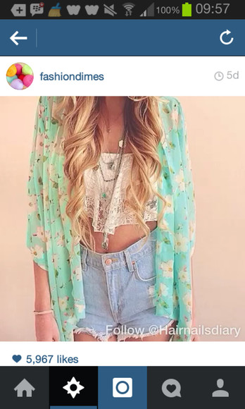 beautiful model white shorts blouse tumblr flower crop tops