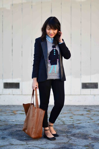 daily disguise blogger brown leather bag grey sweater blazer tote bag