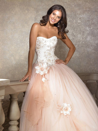 dress blush pink blush pink flowers ball ball gown gown prom pretty gorgeous pretty in pink big flower beaded beaded dress swirls poofy poofy dress big dress homecoming homecoming dress cream cream dress gorgeous dress sequins sequin dress tool jewels long strapless sweetheart