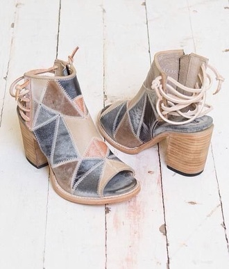shoes grey brown beige heeled open toes lace up back tan chunky heels