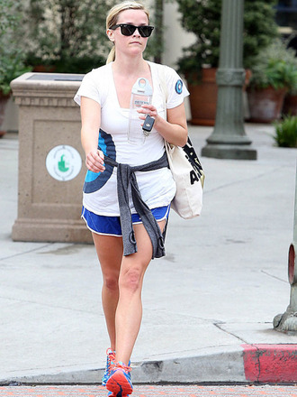 shorts fitness short running outfit cotton gym outfit celebrity gym outfits reese witherspoon
