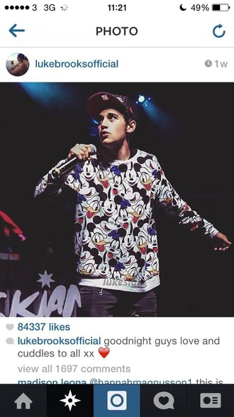 luke brooks janoskians mickey mouse disney cartoon cap menswear sweater