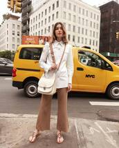 bag,shoulder bag,white shirt,wide-leg pants,cropped pants,slide shoes