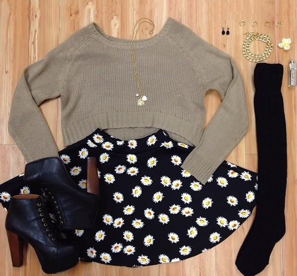 skirt sweater booties black suede booties floral skirt daisy skirt shoes jewels socks flowers floral skater skirt black sweater