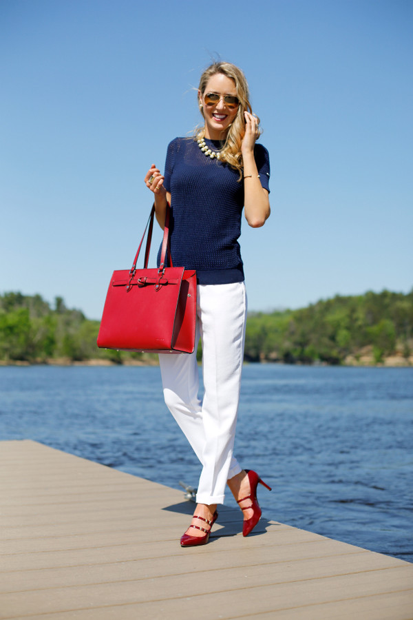 the classy cubicle bag sweater pants shoes jewels sunglasses