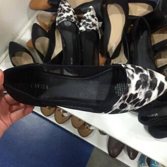 shoes leopard print ballet flats