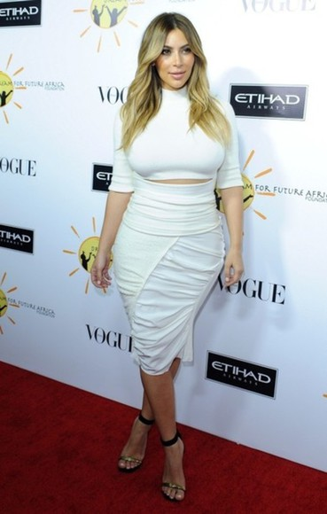 red carpet beautiful white kim kardashian blouse crop tops white crop top blonde hair
