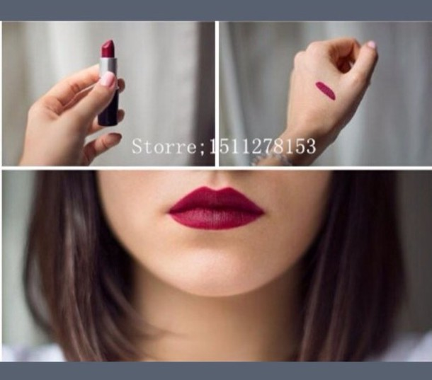 make-up reddish pink lipstick