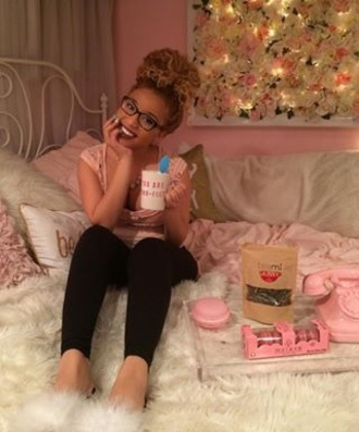 home accessory jadah doll glasses pink room