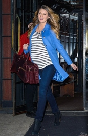 top,stripes,black,fall outfits,jacket,coat,boots,blake lively,jewels,necklace,maternity