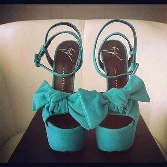 shoes blue bow heels