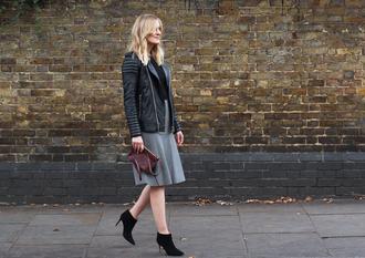 bag blogger blame it on fashion grey skirt leather jacket