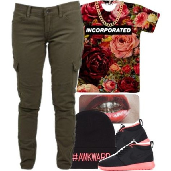 shirt cargo pants pants cargo pants beanie nike roshe run nike roshe run shoes hat top t-shirt
