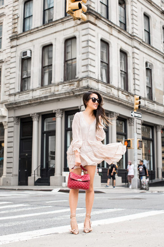 wendy's lookbook blogger dress shorts bag shoes sunglasses jewels spring outfits red bag long sleeve dress pumps