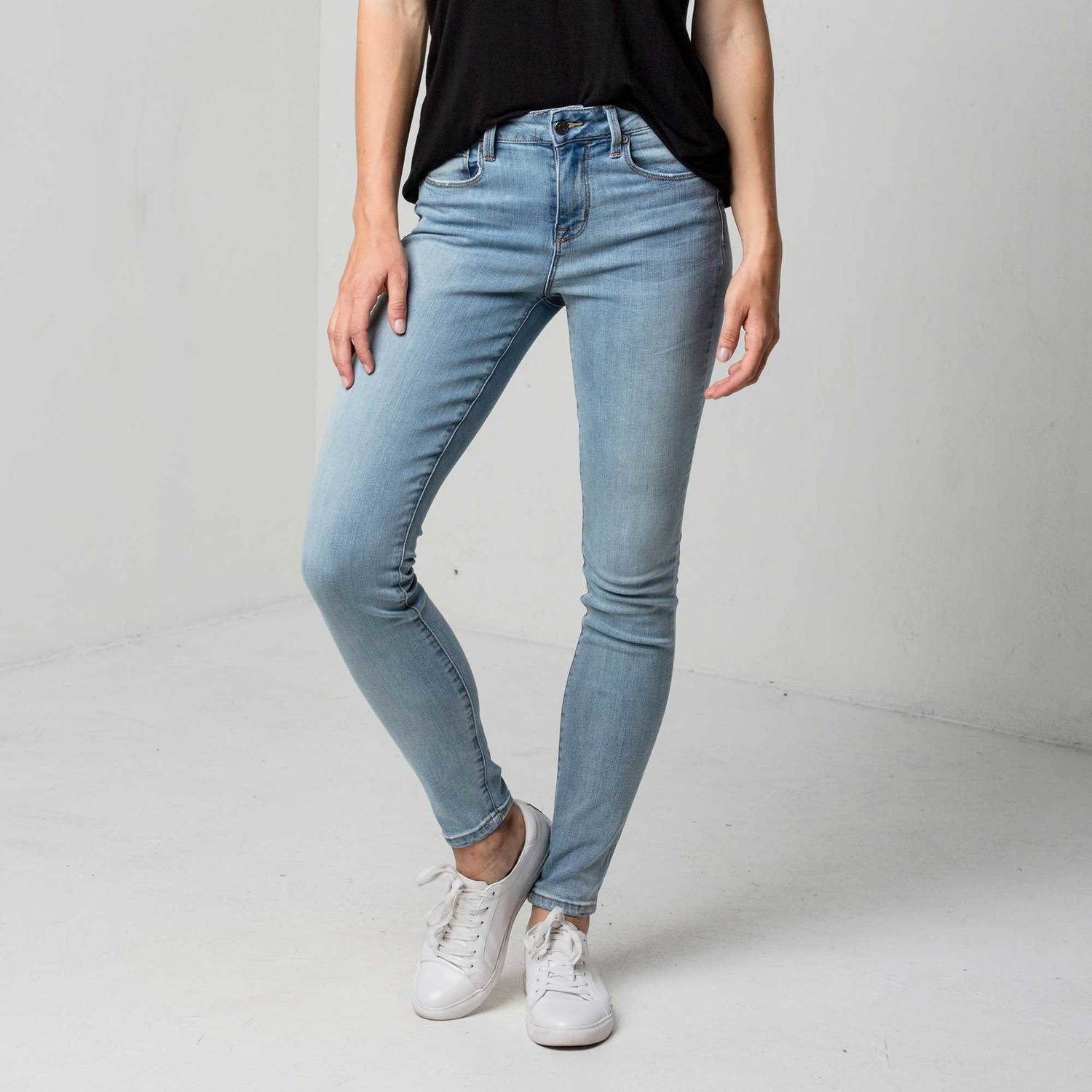 Womens High Waisted Skinny Jeans In Light Vintage $95 | DSTLD
