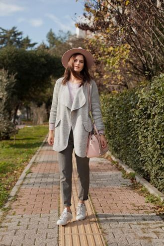 the bow-tie blogger cardigan hat pants sweater bag winter outfits sneakers grey cardigan grey pants