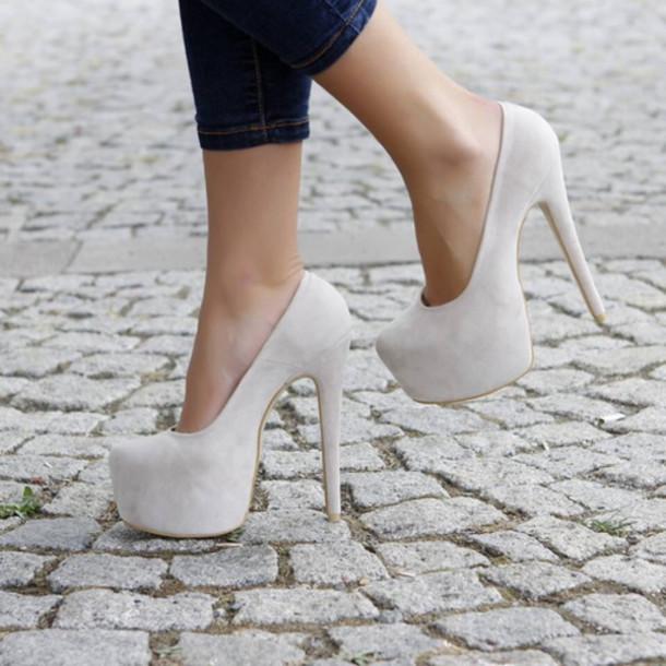 shoes heels high heels beige beige dress beige shoes fashion style jeans streetstyle pumps beautiful cream high heels
