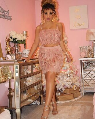 skirt jadah doll hairstyles curly hair crop tops pink top feather skirt feathers mini skirt pink skirt sandals high heel sandals silver high heels sandals home accessory home decor flowers