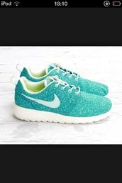 shoes,nike roshe run,nike running shoes,nike,turquoise,blue,running,running shoes,blue/green,speckled