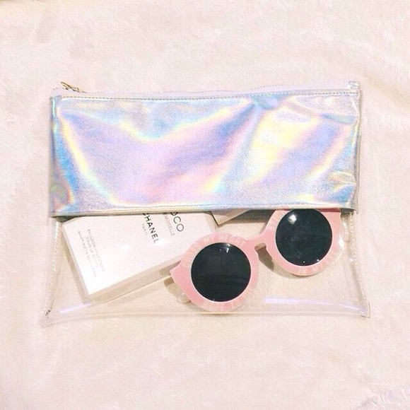 sunglasses rounded sunglasses round sunglasses round bag clutch glasses retro sunglasses clutch bag metallic clutch cool clear clutch clutch bags multicolored clutch clear clear bag shiney shiny purse shiny clutch pink pink glasses round frame sunglasses